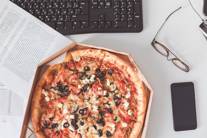 gusto's gourmet pizza & pasta-min